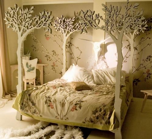 Udekorowane łóżko