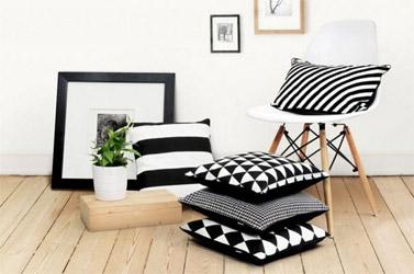 Modny i przytulny salon — wybieramy poduszki dekoracyjne
