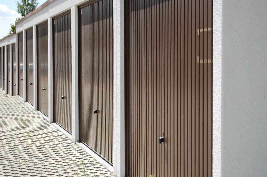 Bramy garażowe - jak wybrać najlepszą?