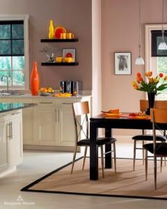 Kuchnia pomalowana farbami.